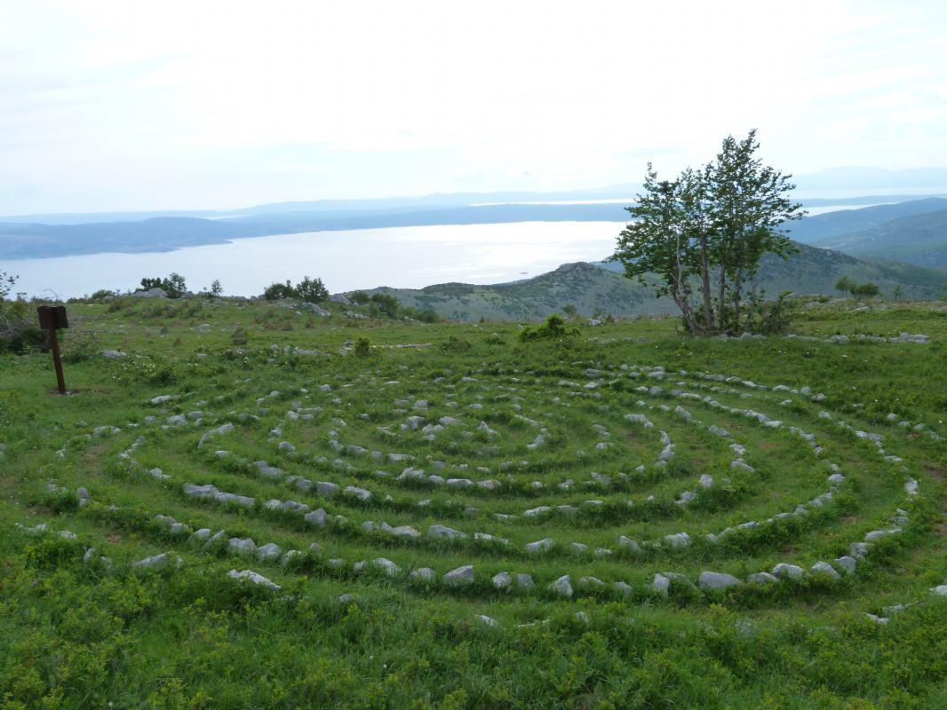Nebeski labirinti